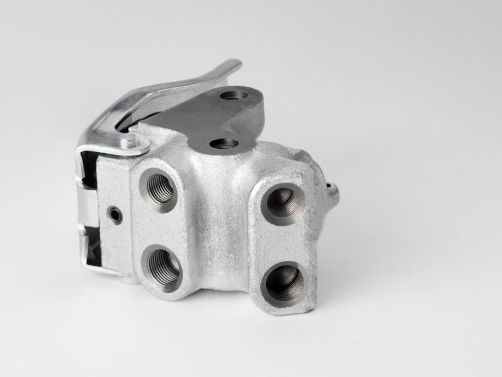 Preasssure regulator valves